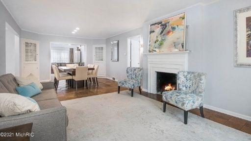 eastown-gr-home-interior